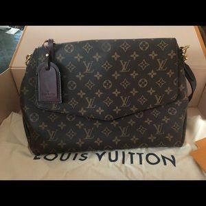 Beaubourg MM LV Bag